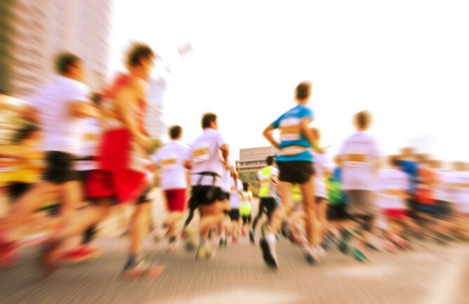 """O czym myślą biegacze? Naukowcy """"zajrzeli"""" im do głów"""