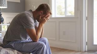 Boimy się, jesteśmy samotni, chorujemy na COVID-19. Ekspert: tak silny stres może mieć konsekwencje także w przyszłości