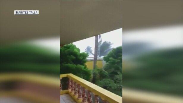 0fe2f3df26b6 Tajfun Mangkhut uderzył w północno-wschodnie wybrzeże Filipin. Niesie  porywisty wiatr